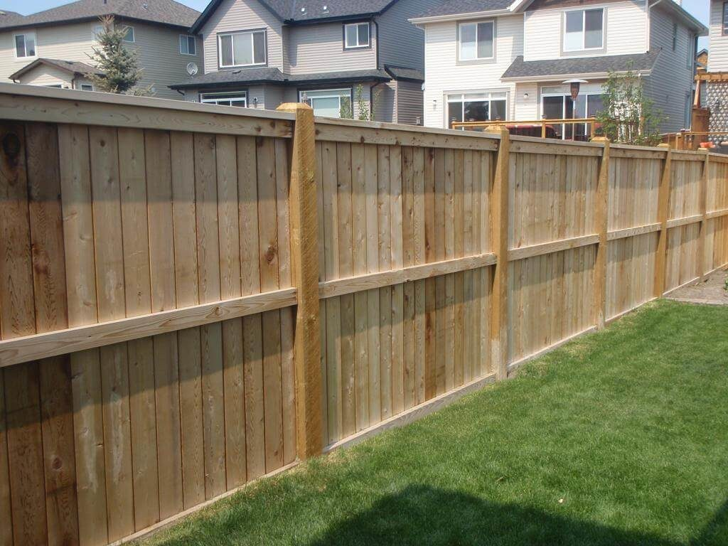 25 Privacy Fence Ideas For Backyard - Modern Fence Designs on Backyard Wooden Fence Decorating Ideas id=62431