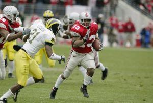 COLUMBUS- NOVEMBER 23:  Maurice Clarett #13 of Ohio State runs against Michigan on November 23, 2002 at Ohio Stadium in Columbus, Ohio.  Ohio State won the game  14-9.  (Photo by Tom Pidgeon/Getty Images)