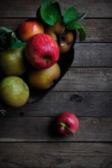 Apples baroque planter 1
