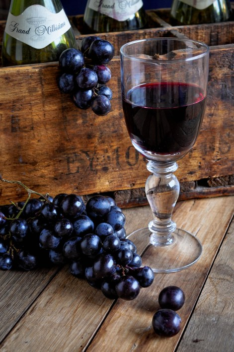 Wineglass Bottles Crate Grapes_