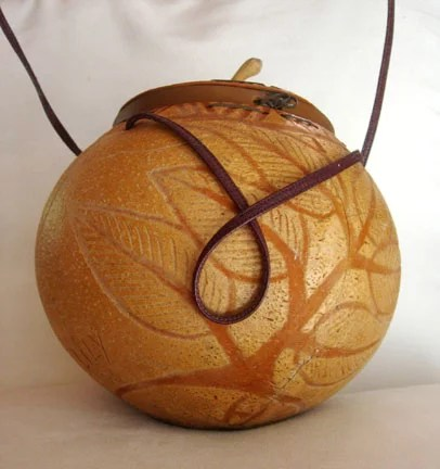 Decorating gourds applying designs the artful crafter for Gourd carving patterns