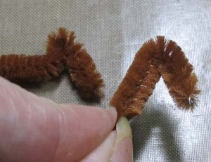 Turkey Place Cards - Form Other 2 Toes from Pipe Cleaner
