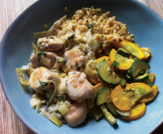Pan-Seared Scallops with Leek, Thyme & Wine Cream Sauce, Lemon-Leek Orzo & Sauteed Garlic Zucchini & Squash