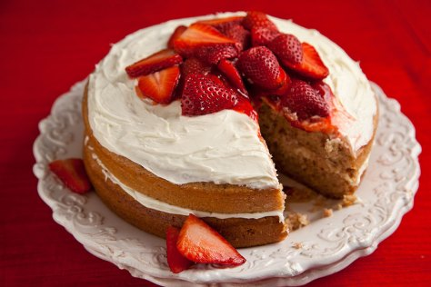StrawberryChambordCake4
