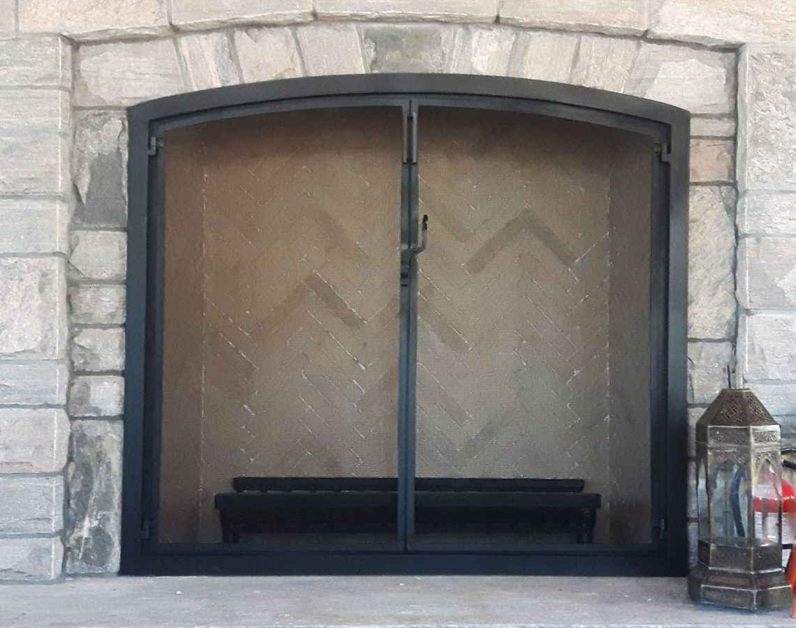 custom fitted firescreen