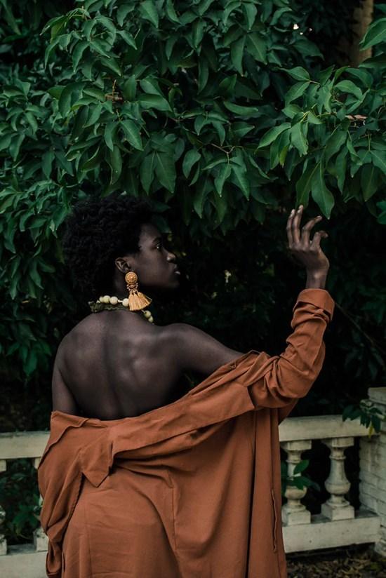 """Zarita Zevallos, """"Mwen Renmen Tèt Mwen, (I love myself), 2017."""
