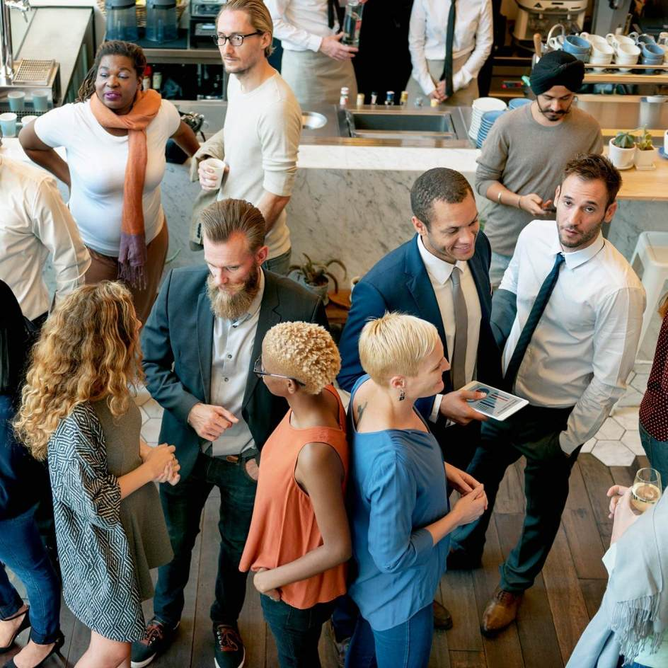 5 Easy Ways to Stop Hating Business Networking Events