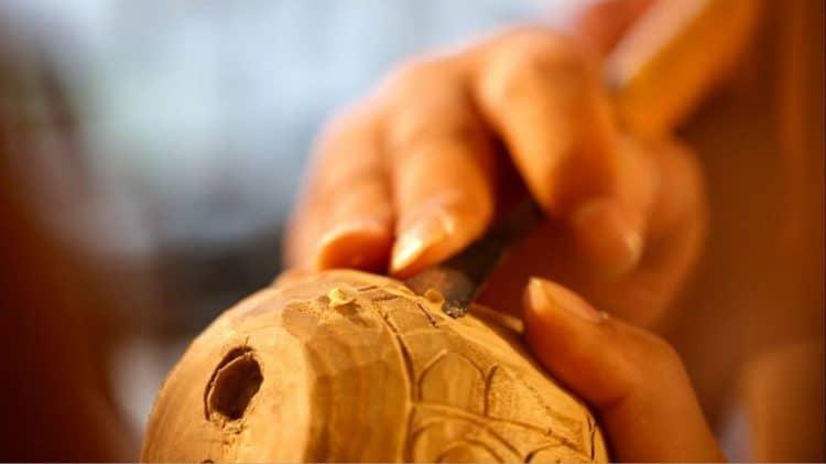 Beavercraft the best wood carving sloyd knife for whittling and
