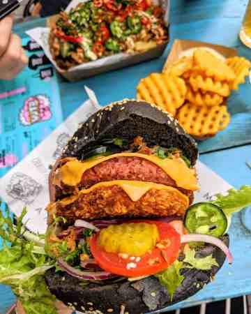 Vegan Junk Food Bar Amsterdam double burger