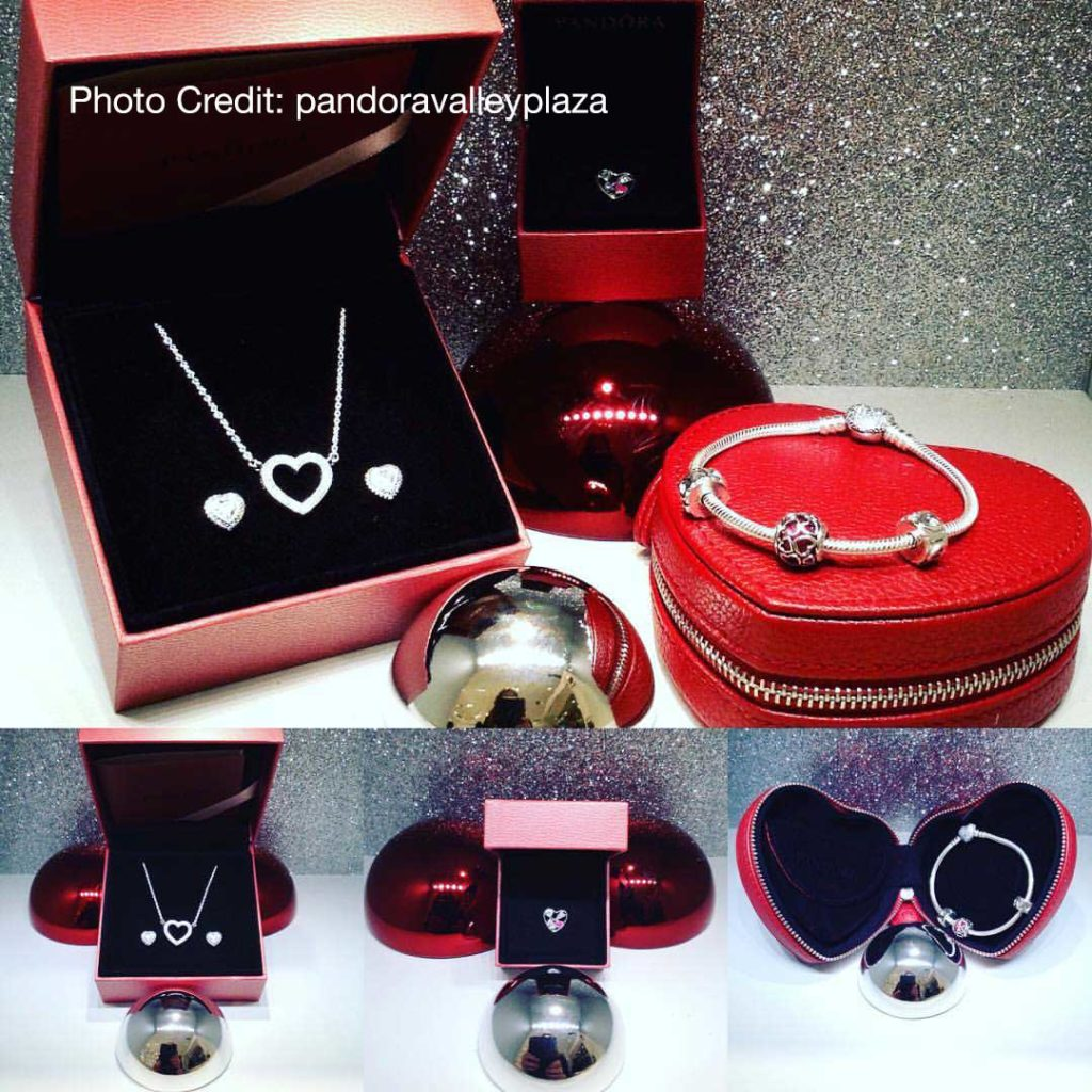 PANDORA 2017 Valentines Day Collection Live Shot The