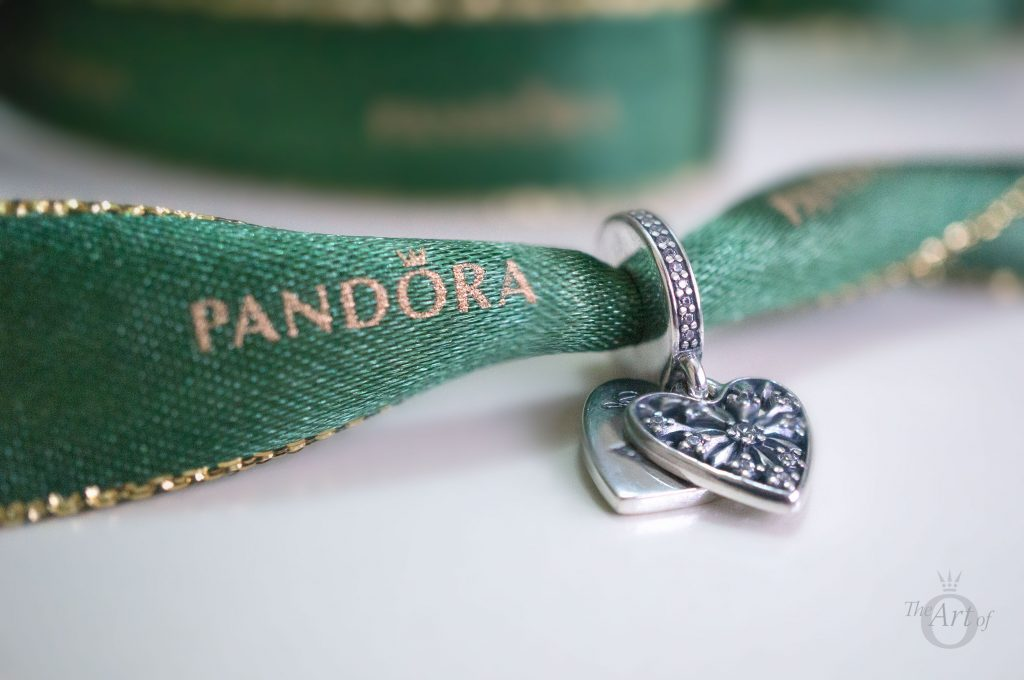 REVIEW PANDORA Heart Of Winter Pendant Charm The Art Of