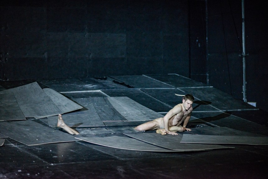 THE GREAT TAMER by Dimitris Papaioannou_photograph by Julian Mommert_JCM_7260