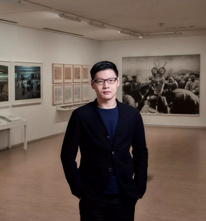 Director of 大未來林舍畫廊 Lin & Lin Gallery, 林岱蔚 David Lin