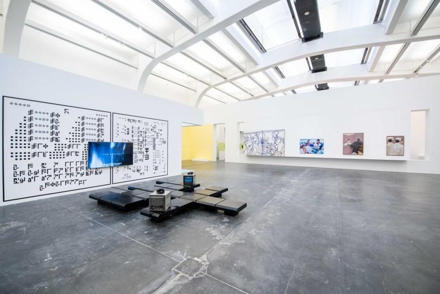 [緊急中的沈思]展覽現場 Installation, View Courtesy of UCCA 尤倫斯當代藝術中心