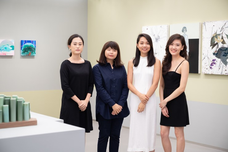 (由左至右)藝術家劉子瑜、温孟瑜、李依耘、陳 雲。 (From Left to Right) Artist Christina Liu, Wen Meng Yu, Lino Lee, Chen Yun, TAO ART 提供。 Courtesy of TAO ART