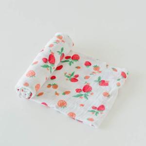 cotton-muslin-swaddle-strawberry