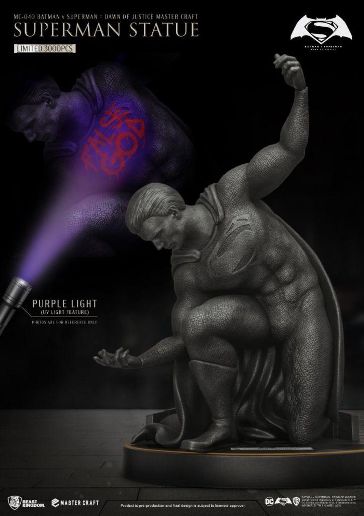 Beast Kingdom Superman Statue
