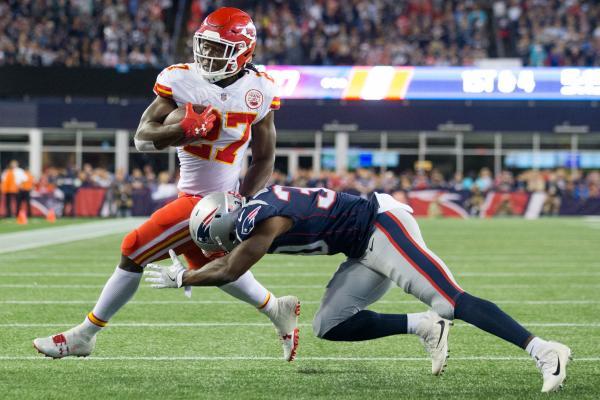 Kansas-City-Chiefs-Kareem-Hunt-begins-NFL-career-in-big-fashion
