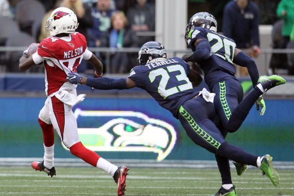 Chandler-Catanzaro-David-Johnson-help-Arizona-Cardinals-edge-Seattle-Seahawks