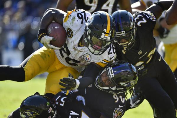 LeVeon-Bell-Pittsburgh-Steelers-have-their-way-in-rout-of-Baltimore-Ravens