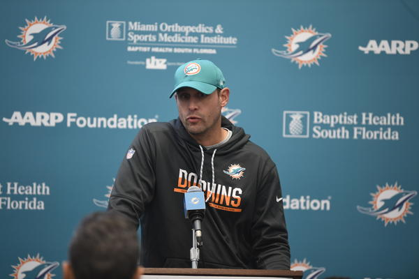 sfl-dolphins-adam-gase-offense-not-able-to-pass-rush-20171116
