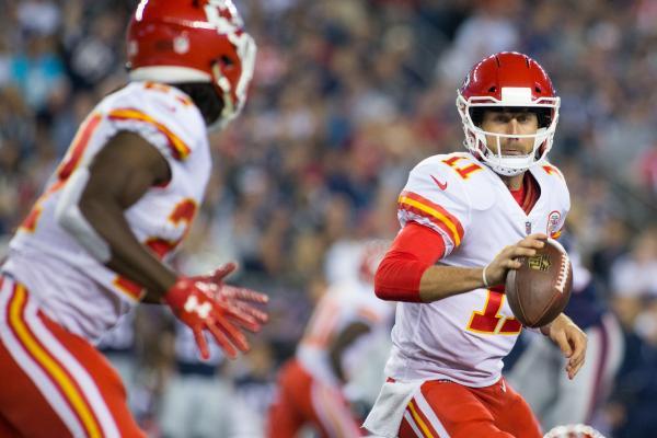 Kansas-City-Chiefs-QB-Alex-Smith-among-best-coach-says