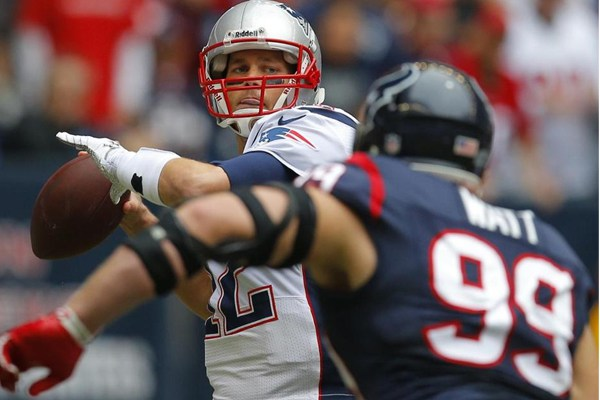 2015-nfl-week-14-patriots-texans-betting-odds