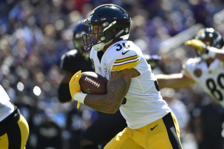 Pittsburgh-Steelers-James-Conner-shines-in-place-of-LeVeon-Bell