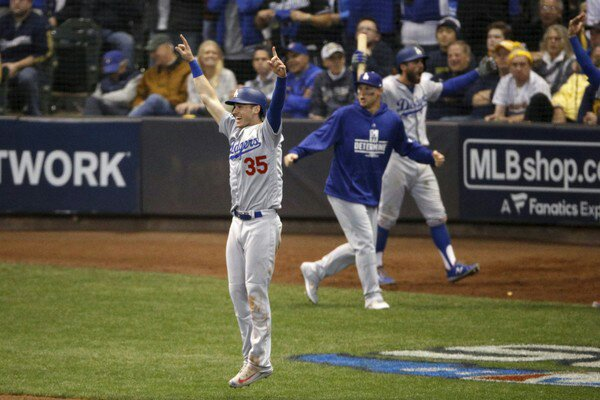 Los Angeles Dodgers celebrate in the NLCS