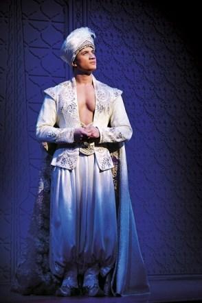 Aladdin Prince Edward Theatre Dean John-Wilson (Aladdin) Photographer Deen van Meer © Disney