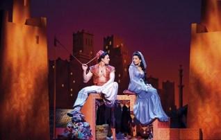 Aladdin Prince Edward Theatre Dean John-Wilson (Aladdin) and Jade Ewen (Jasmine) Photographer Deen van Meer © Disney