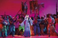 Aladdin Prince Edward Theatre Jade Ewen (Jasmine) Photographer Deen van Meer © Disney