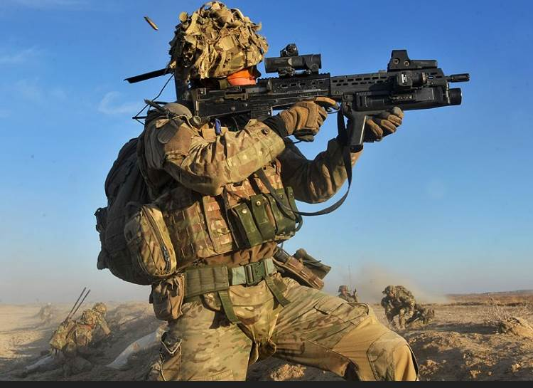 UK soldier in Afgha2