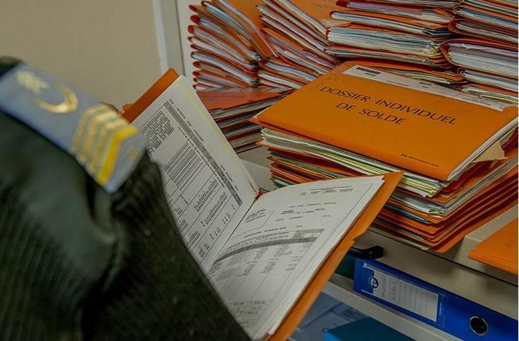 Au CERHS DE Nancy, les anciens dossiers de solde sont vérifiés - Crédits : ADC G. Gesquière/SIRPA Terre
