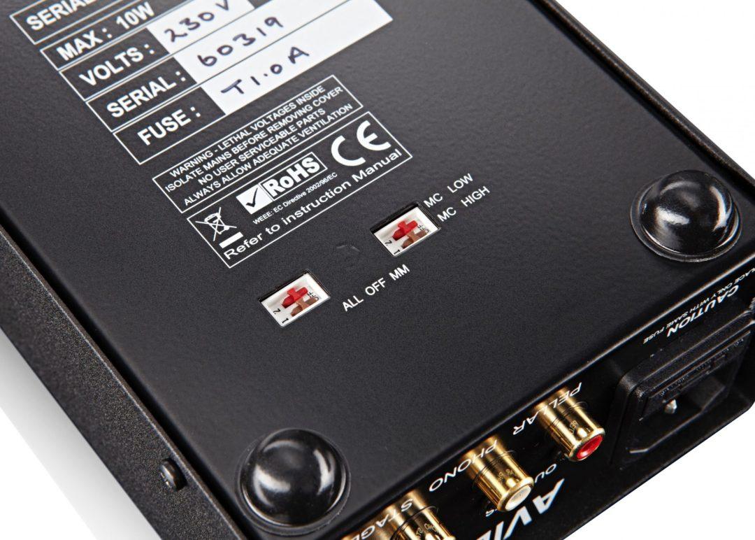 Pellar from AVID HiFi: A Low Cost Phono Amplifier