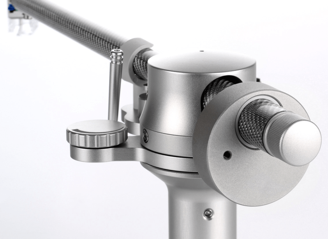 Tracer tonearm From Germany's Clearaudio