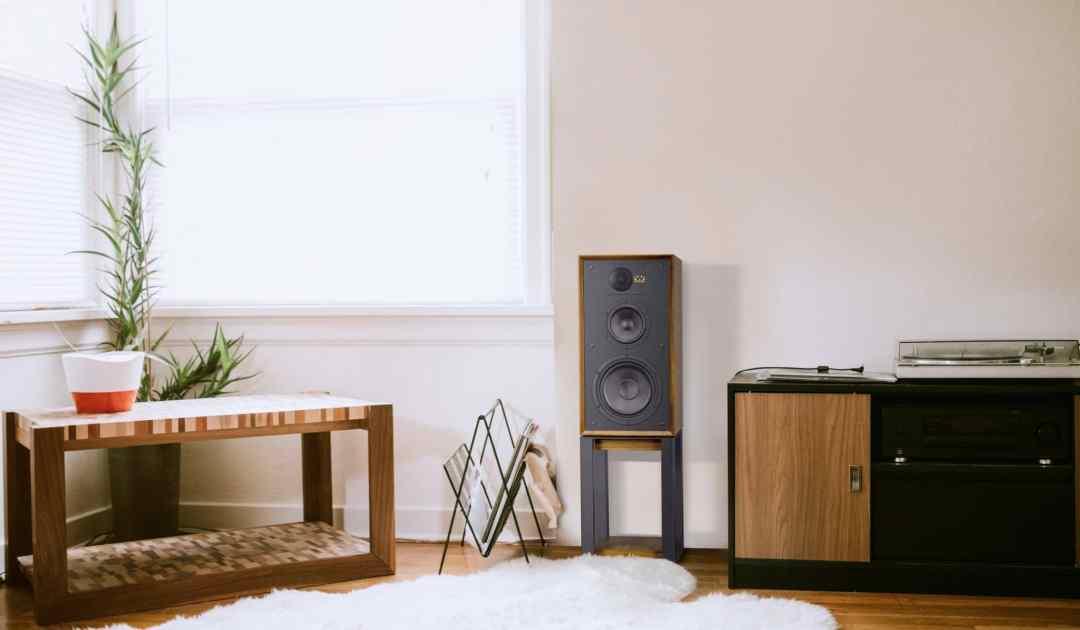 Three-way standmount speaker reissued