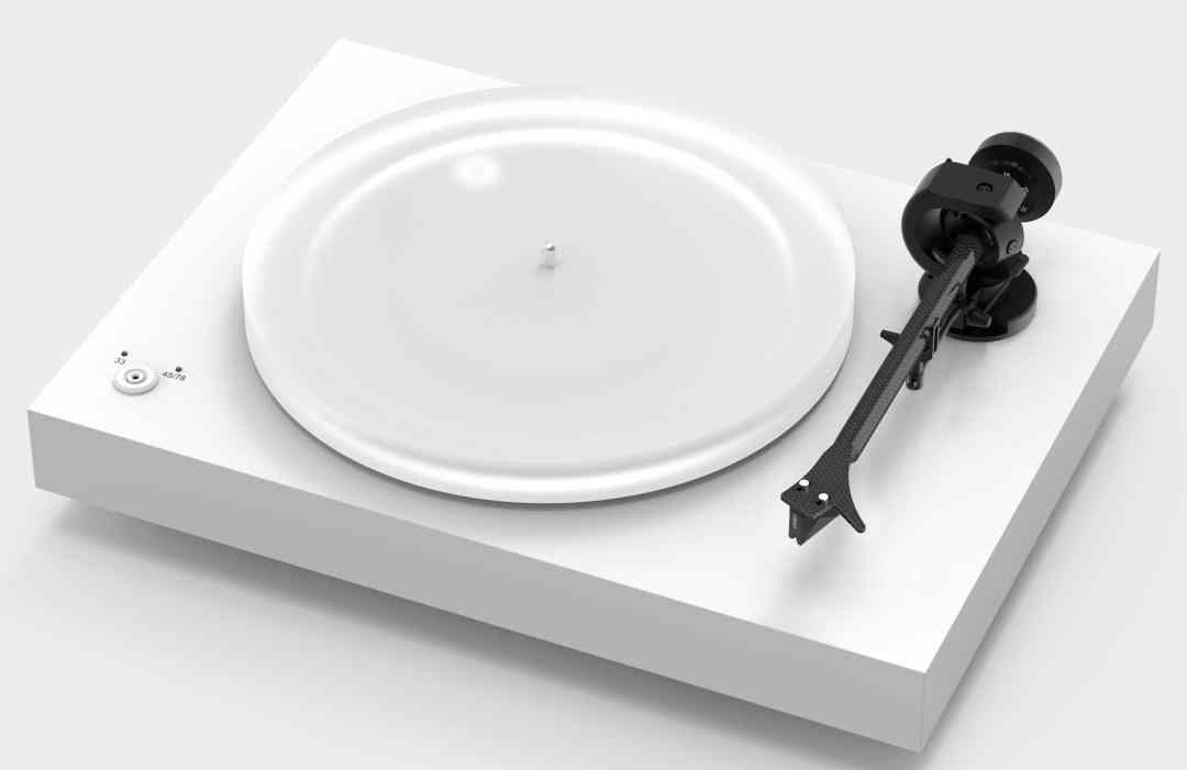 X2 Turntable From Pro-Ject With 2M Silver