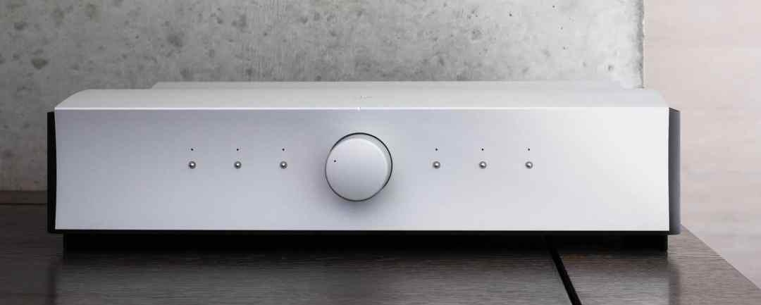 Kula integrated amplifier from Mola Mola