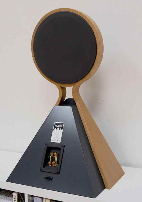 FrontRo Electrostatic Speakers From Mellow Acoustics