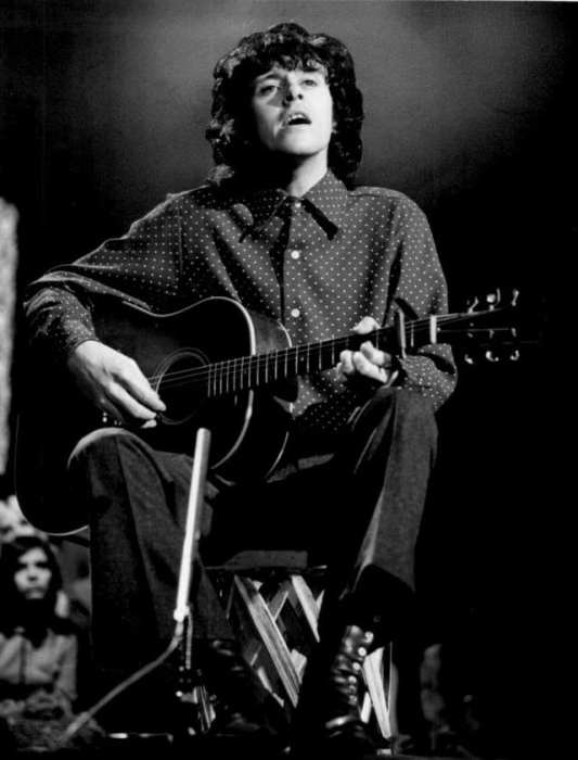 Donovan - Playing Between The Notes