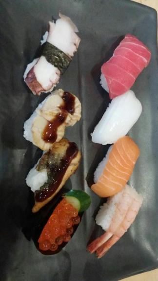 Aneka sushi