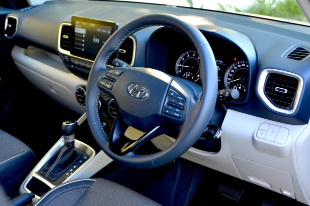 Hyundai Venue LE