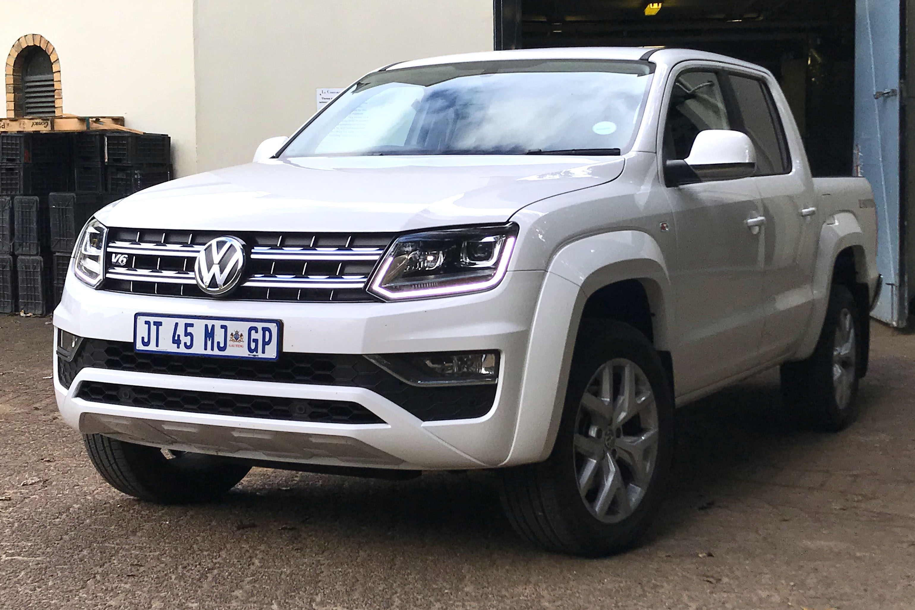 POWERED-UP AMAROK TOPS THE BAKKIE PILE. WE PUT IT TO THE TEST