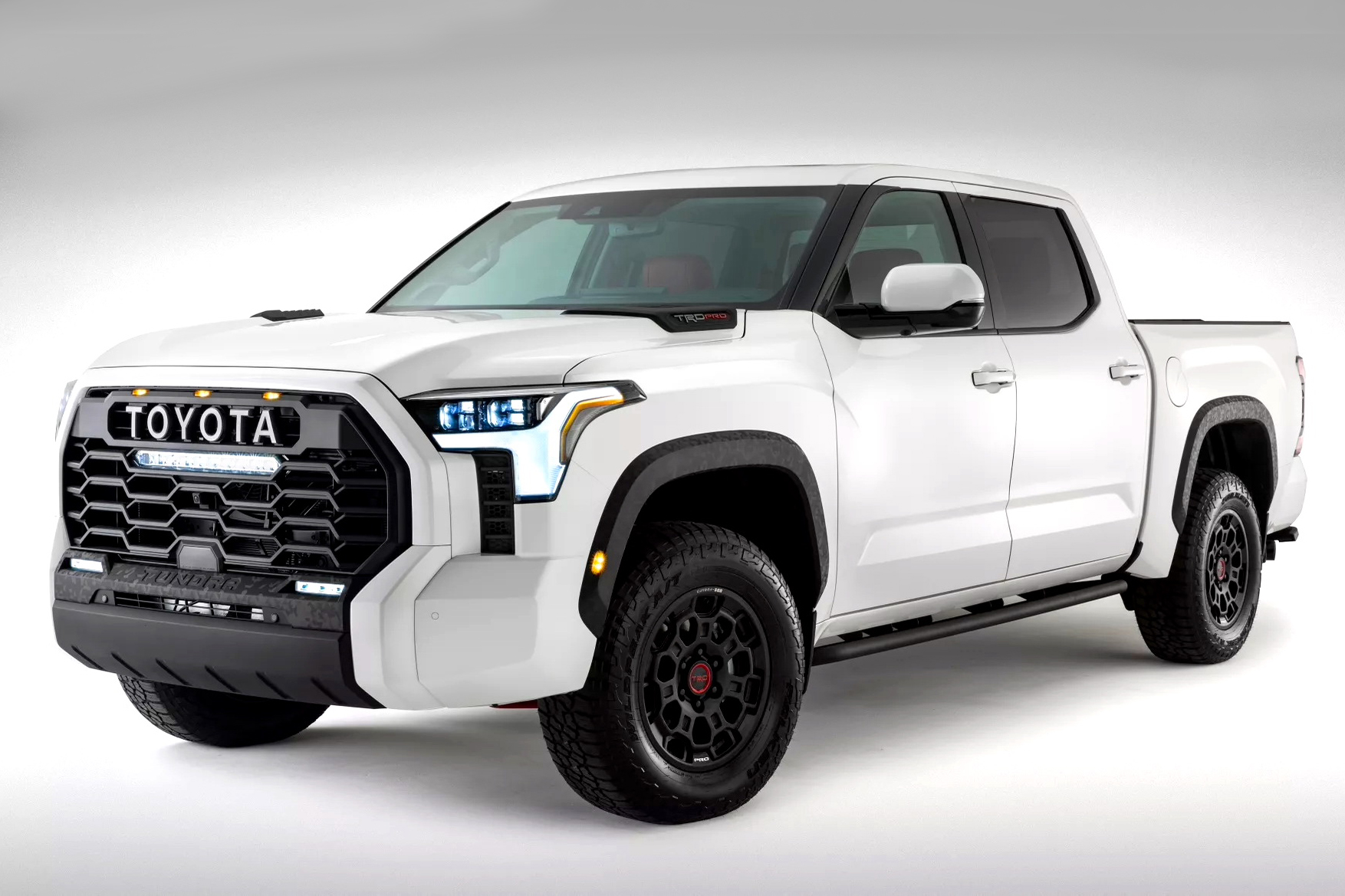 WHAT DOES TOYOTA'S NEW TUNDRA TELL US ABOUT YOUR NEXT HILUX?