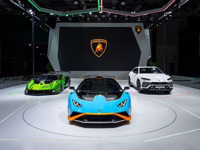 Выставка Lamborghini на автосалоне в Шанхае