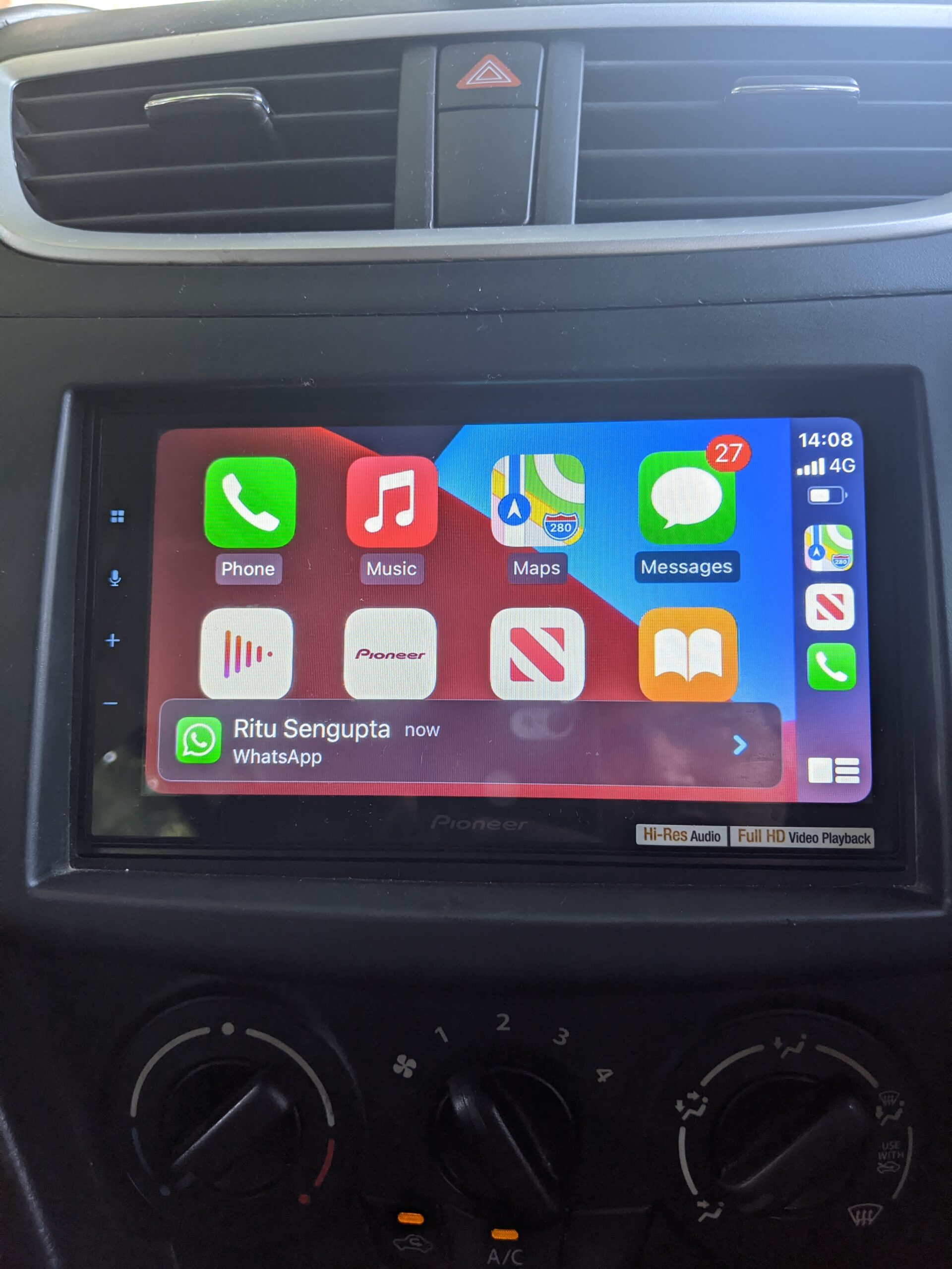 Pioneer DMH-Z6350BT Apple CarPlay