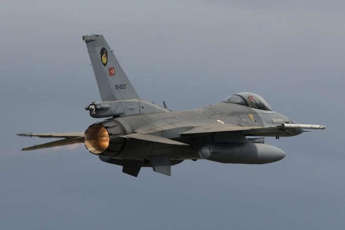 F-16Turco