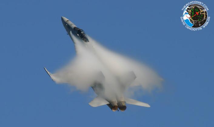 F-18 condensation cloud