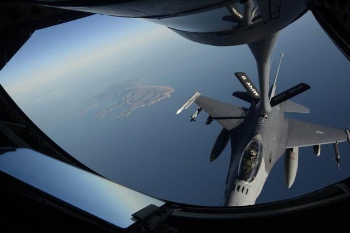 Stricken F-16